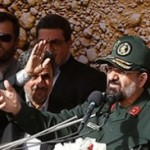 """احمدی نژاد؛ از """"له شدن"""" میان مردم تا """"بای بای"""" بالای سن! +تصاویر"""