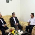 دیدار استاندار آذربایجان شرقی با خانواده دو تن از شهدای دولت
