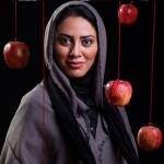 مونا فرجاد: خیلی خودم را سرچ می کنم