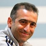 کمالوند استعفا کرد/خداحافظی سرمربی با بازیکنان
