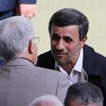احمدینژاد عارف را ترجیح میدهد یا لاریجانی را؟