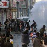 پلیس ترکیه به تظاهرکنندگان در دیاربکر حمله کرد