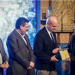 جایزه جهانی خشت طلایی به شهردار تبریز رسید
