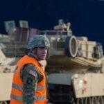 استقرار هزاران تانک و خودرو زرهی آمریکا در مرز روسیه